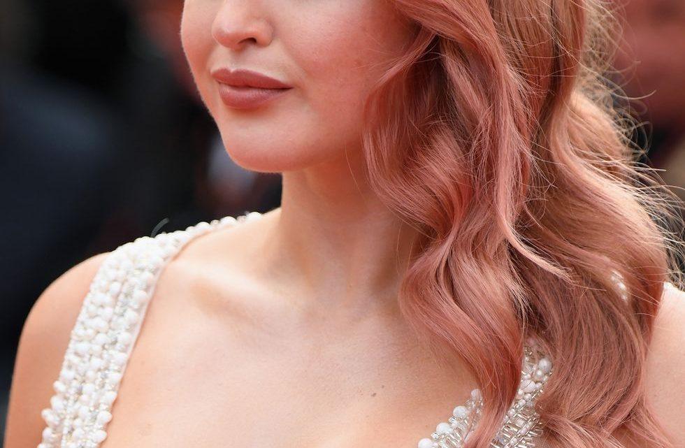 30 couleurs de cheveux roux à essayer dès maintenant