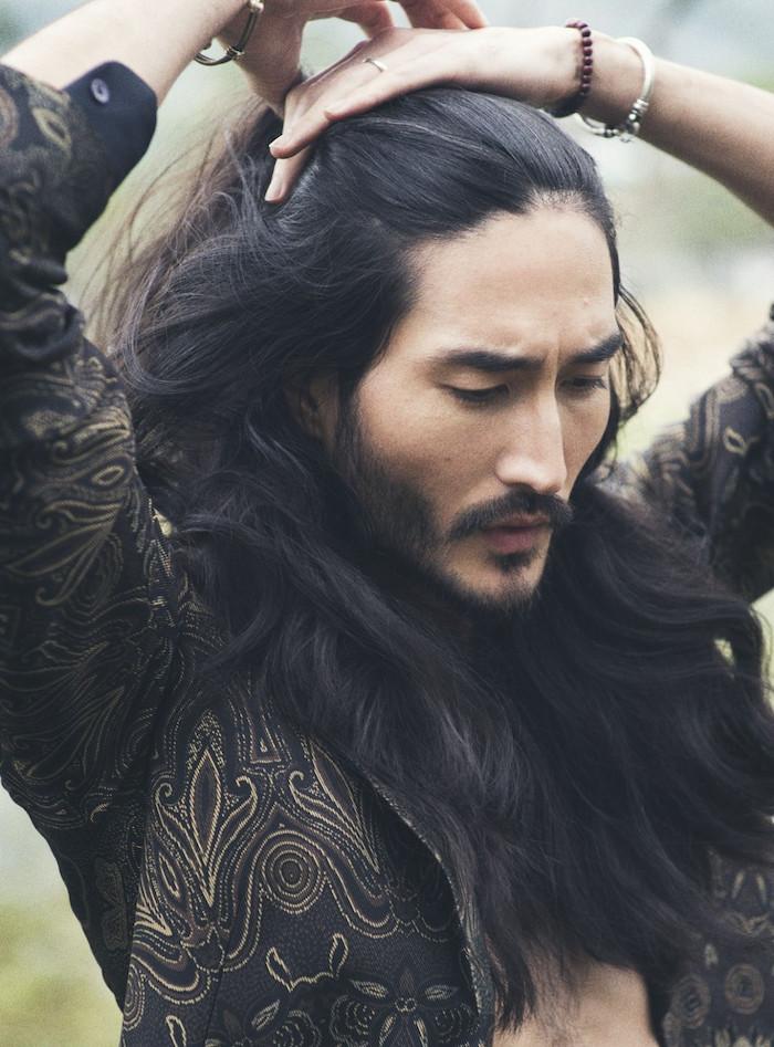 mythe-cheveux-asiatiques-homme-pilou-pilou