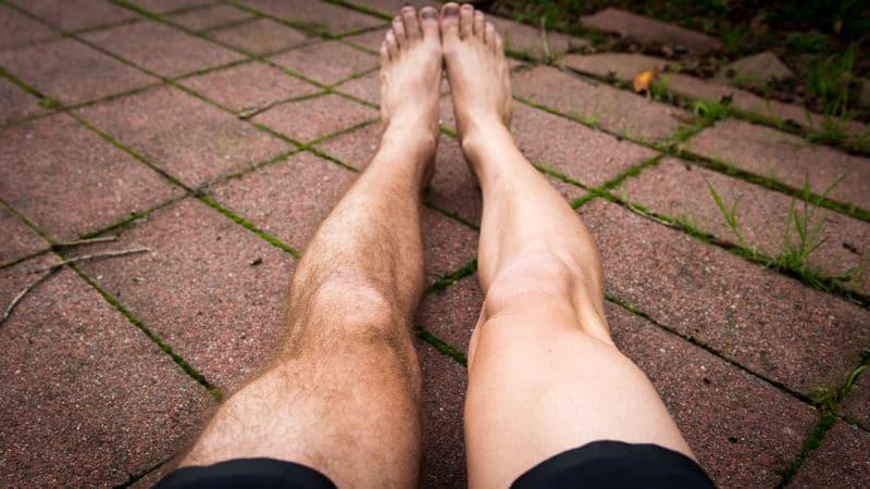 épilation-jambes-homme-poils-piloupilou